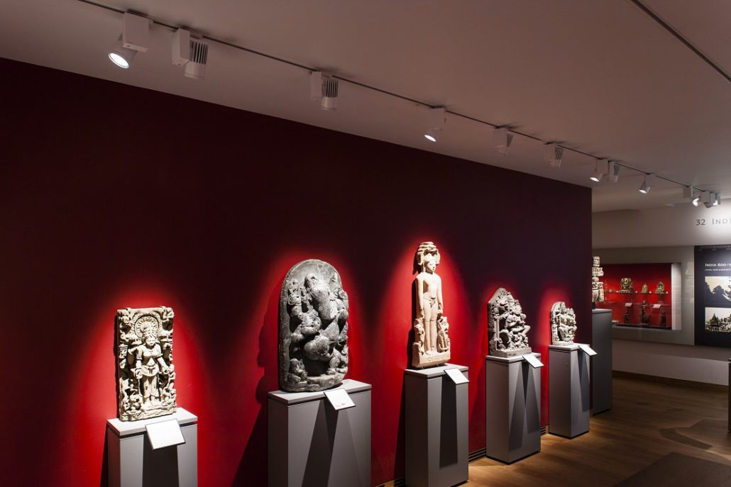 Projects nte led lighting track lights used in museum display mozeypictures Images